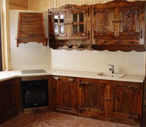 Дом мебели из сосны